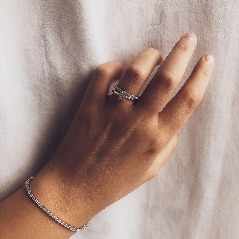 armband witgoud briljant 301 crt